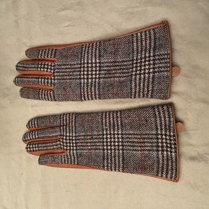 Brown Leather and Tweed Gloves